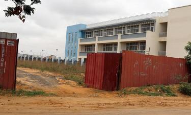 Escolas de 250 milhões USD foram negociadas antes  por 14 milhões