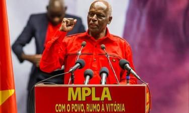 Quase quatro  décadas de um MPLA unido