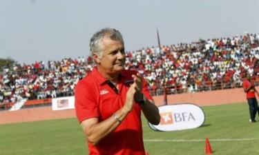 1.º de Agosto anuncia saída do treinador Zoran Maki