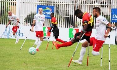 Angola na final do Mundial do futebol com muletas