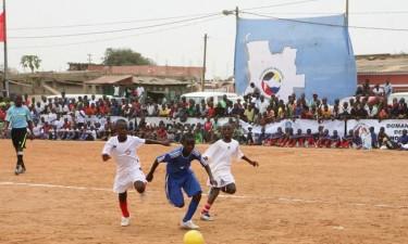 Crianças participam em torneio no Uíge