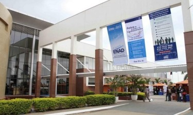 Governo funde institutos de formação de quadros