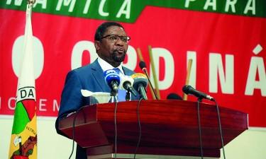 Samakuva reafirma intenção de deixar presidência