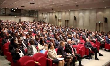 Angola em busca de investimento