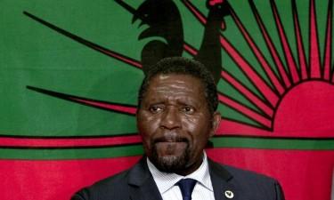 Isaías Samakuva vai recandidatar-se à presidência da Unita