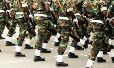 Críticas a despesas com viaturas militares em tempo de crise