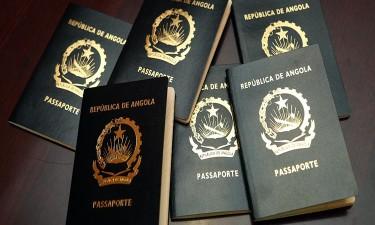 Passaportes, só com 'esquemas' e 'gasosas'