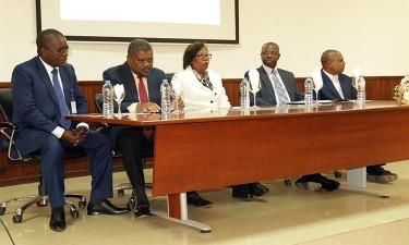 Professores analisam proposta de Lei da Política Curricular