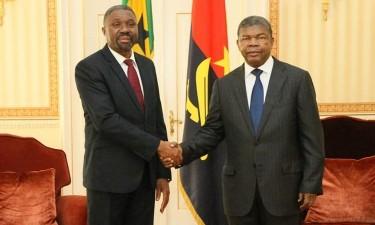 Angola e São Tomé e Príncipe avaliam cooperação