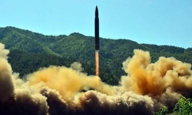 Coreia do Norte faz mais disparos de projécteis