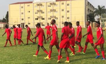 Kamavinga pode jogar por Angola