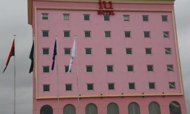 Inaugurado hotel de três estrelas