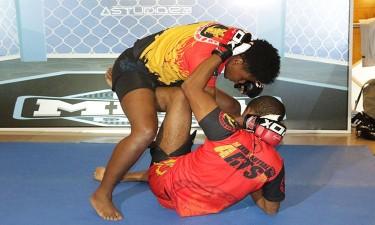 Angola acolhe primeira liga de MMA