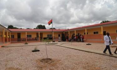 Escolas em Benguela sem aulas por falta de luz