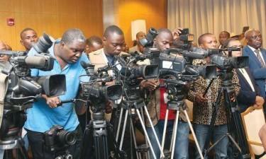 Jornalistas promovem seminário