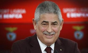 Presidente do Sport Lisboa e Benfica em Angola