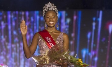 Salett Miguel eleita Miss Angola 2019