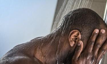 Tomar banho após o sexo aumenta risco de sida