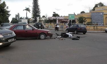 Doze mortos e 19 feridos  no fim-de-semana
