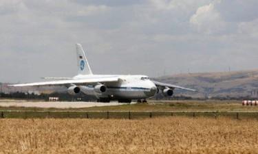 Queda de avião militar provoca 18 mortos