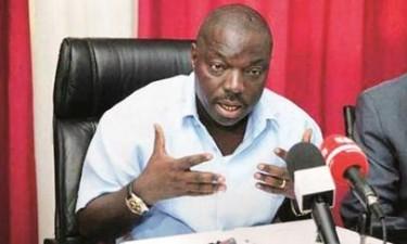 Bento Kangamba responde em liberdade