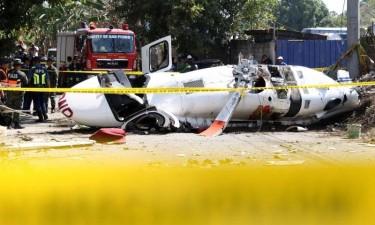 Queda de helicóptero causa oito feridos
