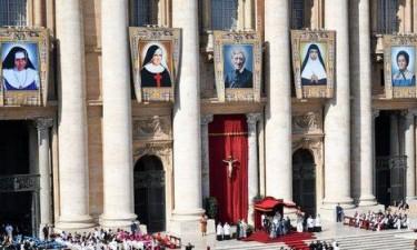 Vaticano anuncia fecho de todas as igrejas de Roma