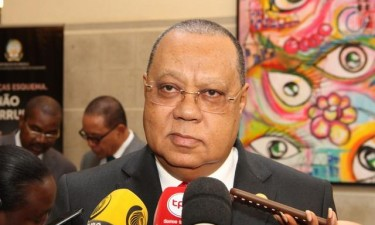 PGR pondera soltura de condenados até dois anos