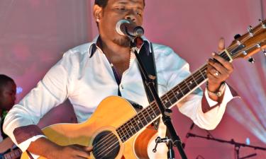 Totó apresenta performance online