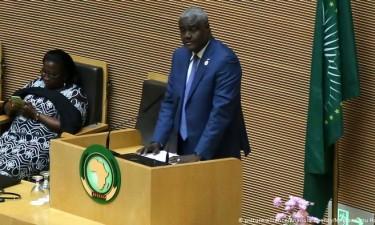 África deve quebrar dependência do exterior