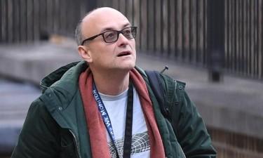 Assessor de Boris Johnson que violou confinamento pressionado a demitir-se