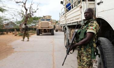 Grupo armado assassinou oito trabalhadores humanitários