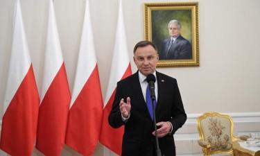 Andrzej Duda reeleito a presidente da Polónia