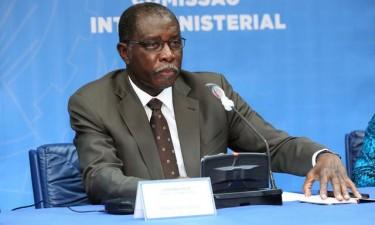 Angola declara transmissão comunitária