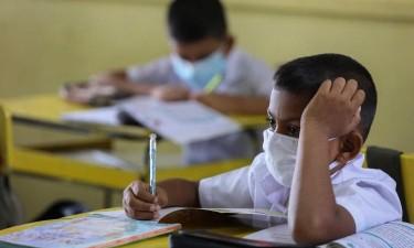Escolas só devem reabrir com transmissão comunitária controlada