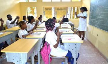 Escolas sem condições para reiniciar aulas no ensino primário