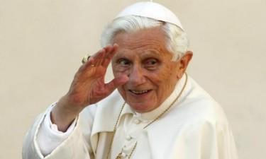 Papa emérito Bento XVI gravemente doente
