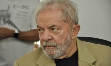 Tribunal arquiva acção penal contra Lula da Silva