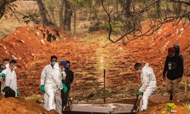 Pandemia já matou mais de 4,6 milhões de pessoas