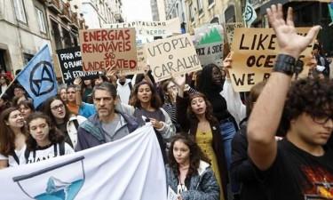 Estudantes de todo o mundo voltam às ruas em mais uma greve climática