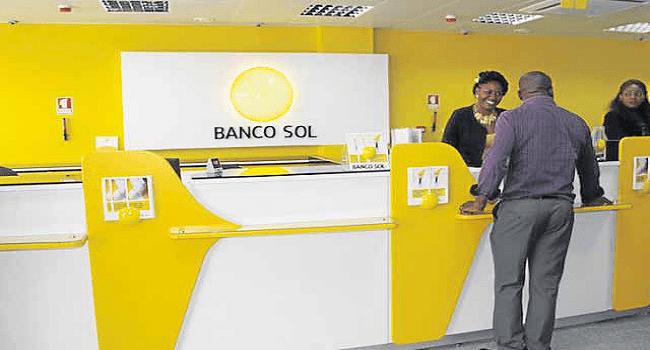 Banco Sol disponibiliza 4 mil milhões kz para professores