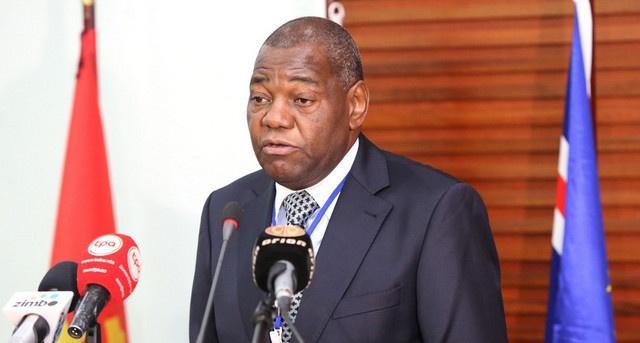 Presidente da Fundação Eduardo dos Santos detido