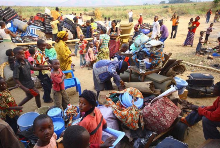 Angola expulsa mais de 2.400 cidadãos  estrangeiros