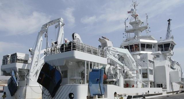Angola recebe 1.º navio de investigação marinha