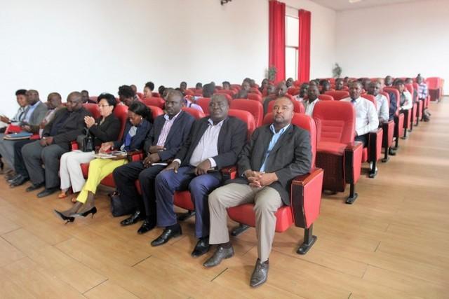 Jornalistas concluem formação sobre economia e finanças