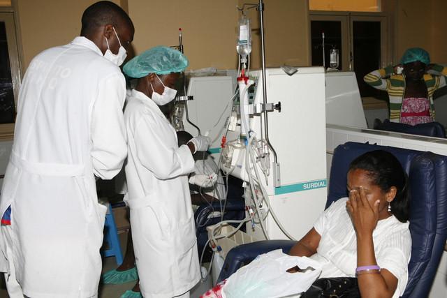 Médicos ficam doentes com as condições dos hospitais