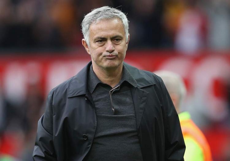 """Mourinho usou """"linguagem imprópria"""""""