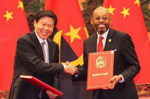 Parte do empréstimo chinês a Angola vai pagar dívida aos credores