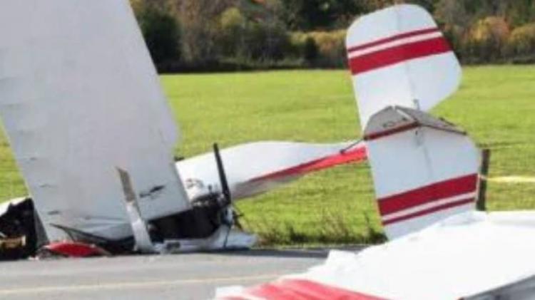 Colisão de dois aviões ligeiros faz um morto