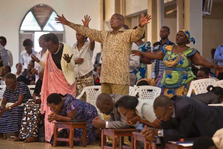 Igrejas ilegais encerradas a partir de hoje